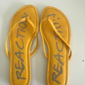Size 11 Reaction flip flops
